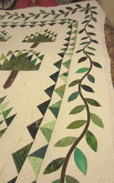 Hand Sewing Quilt Borders http://allthingsquilty.blogspot.com/2012/01/whacky-ladies-sew-in-day.html