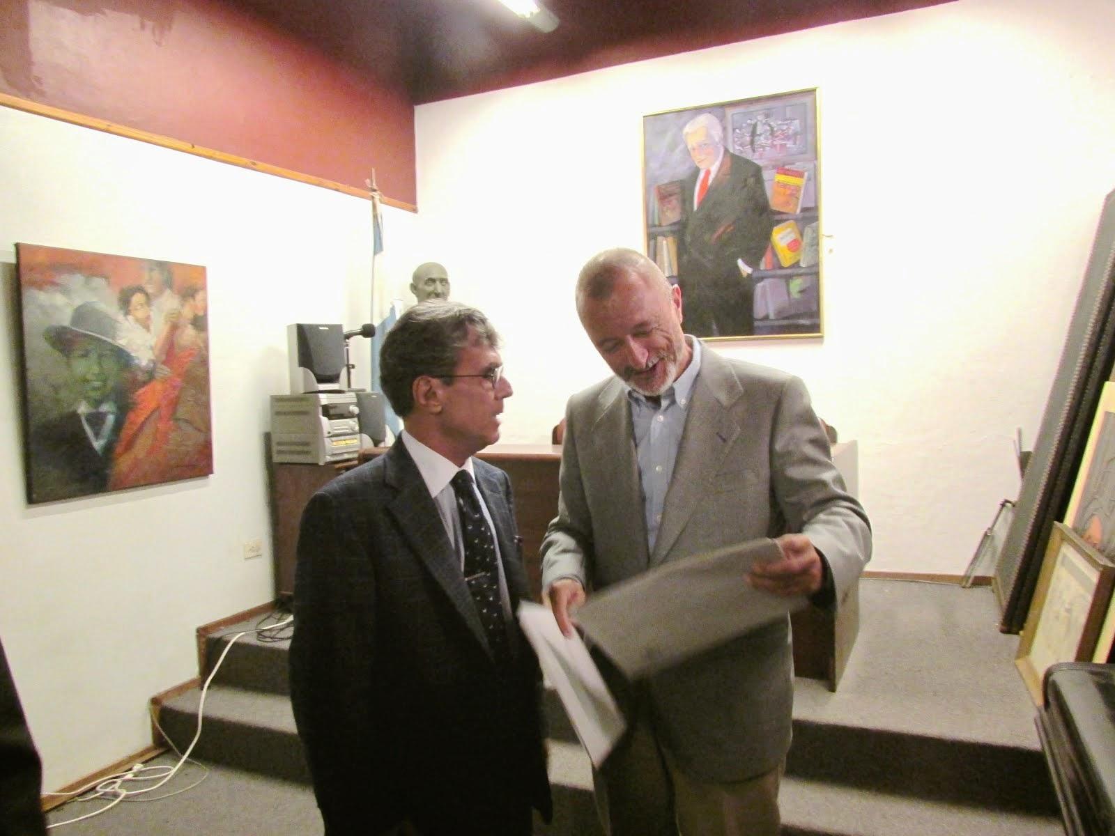 Con Arturo Pérez Reverte