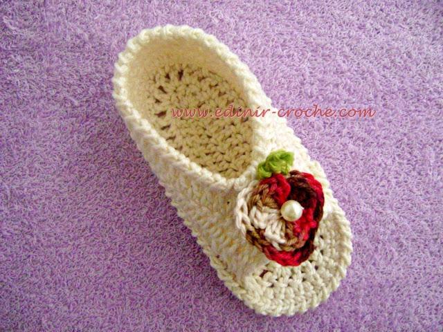 sapatinhos em croche bebê decoração dvd video-aulas Edinir-Croche blog loja frete gratis