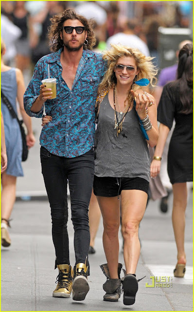 Kesha with Boyfriend