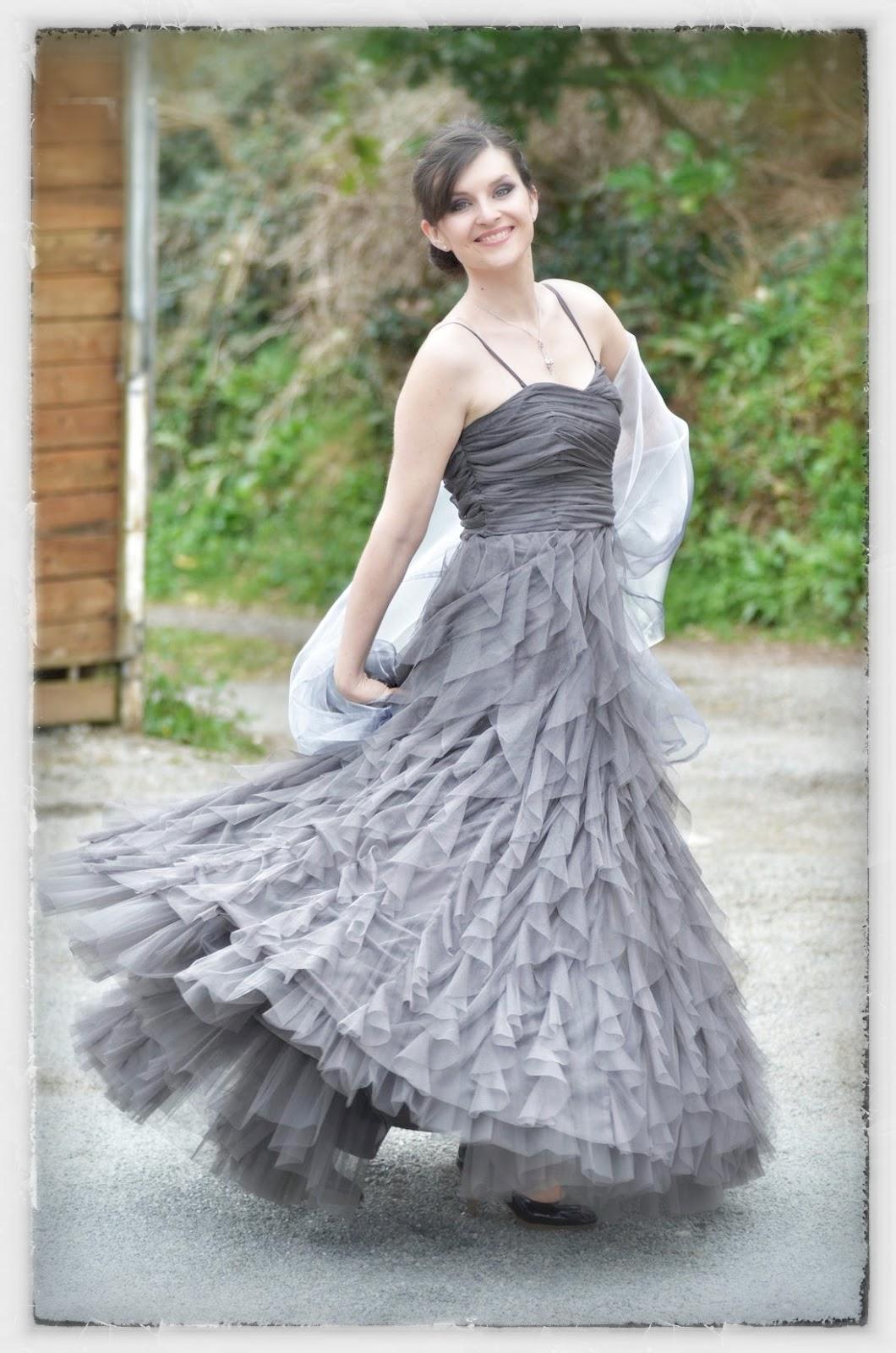 Robes grises pour les mariages