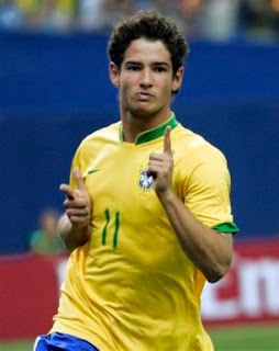 Fotos do jogador Alexandre Pato