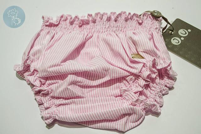 Cubrepañal rosa y blanco José Varón