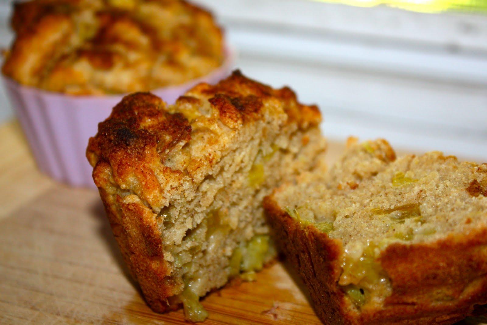 18 Hour Kitchen: Applesauce Rhubarb Muffins (gluten free, sugar free)