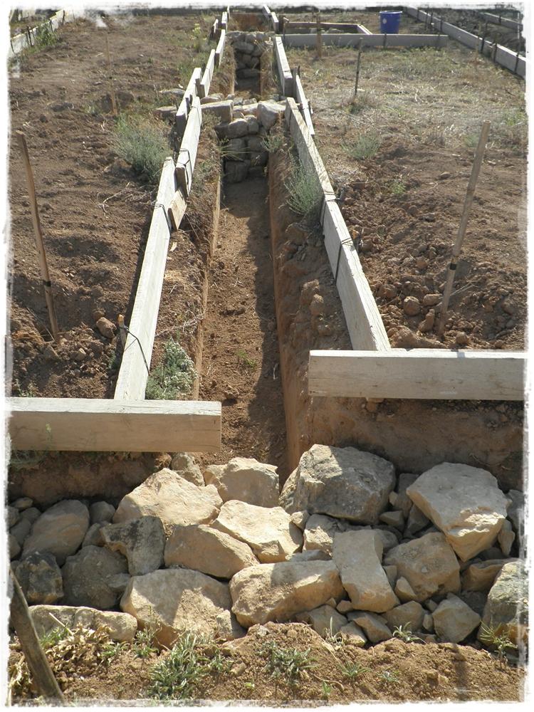 Paja y barro piedra a piedra - Como hacer pared de piedra ...