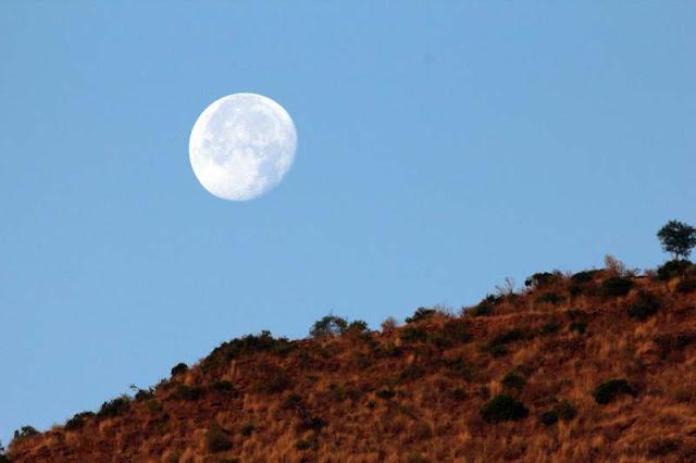 Moonrise Africa