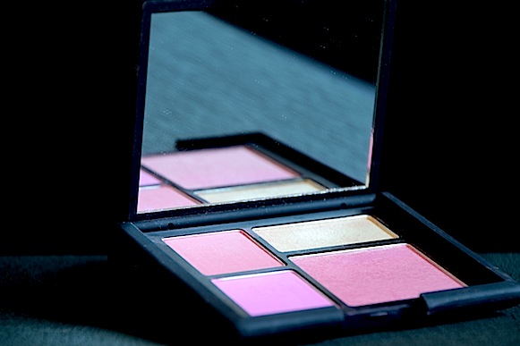 nars palette foreplay blush swatch