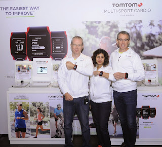 (L-R) Chris Kearney, VP - APAC (Consumer), TomTom; Kavita Nath, Country Manager, TomTom India (Consumer); Andrew Cooper, SVP Sales – APAC (Consumer), TomTom
