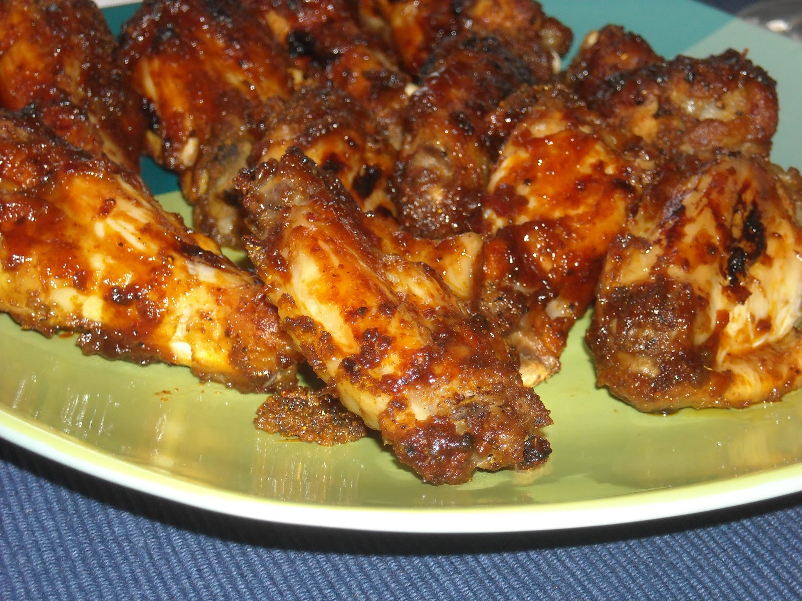 Leave a Happy Plate: Spicy Baked Chicken Wings
