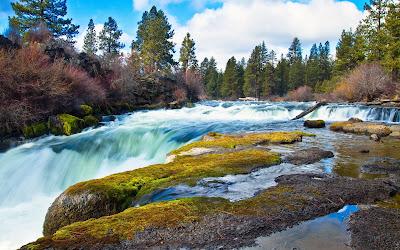 Cuando el río se convierte en una maravillosa cascada