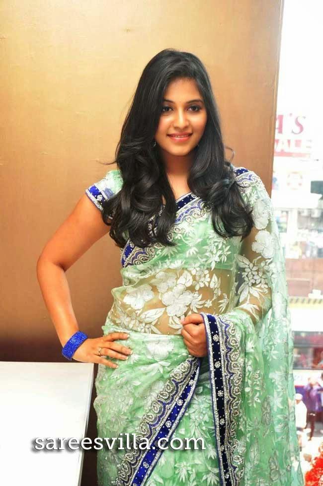 Anjali At Priyanka Shopping Mall Launch