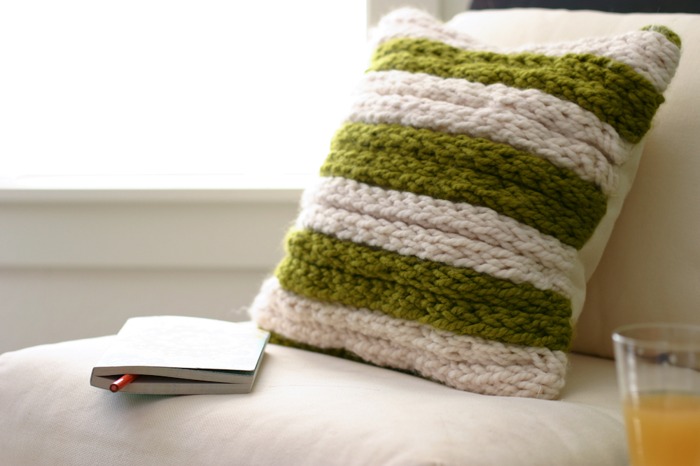 A Chunky Throw Pillow A Fabulous Finger Knitting Project