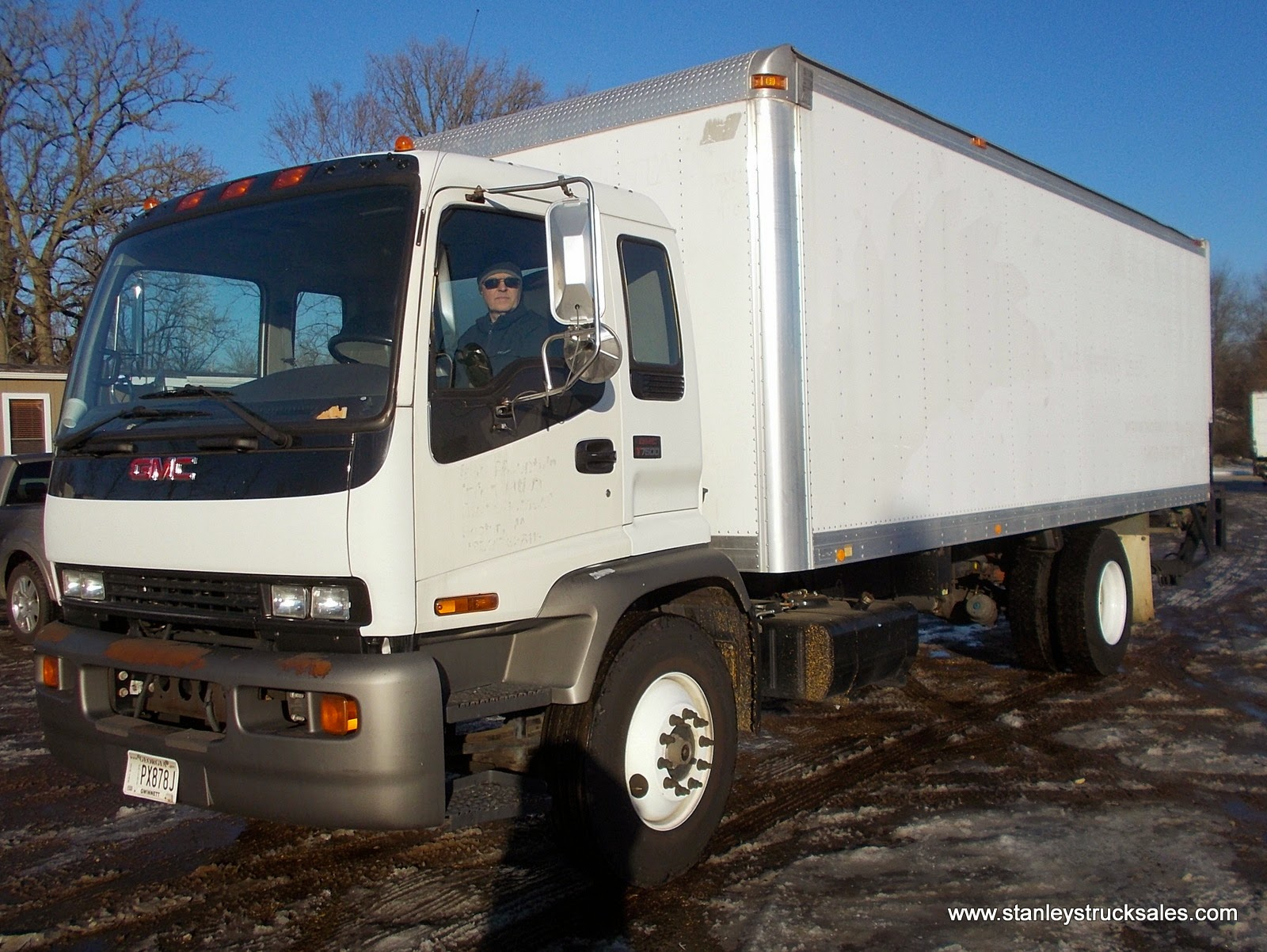 gmc t7500 low miles box truck liftgate