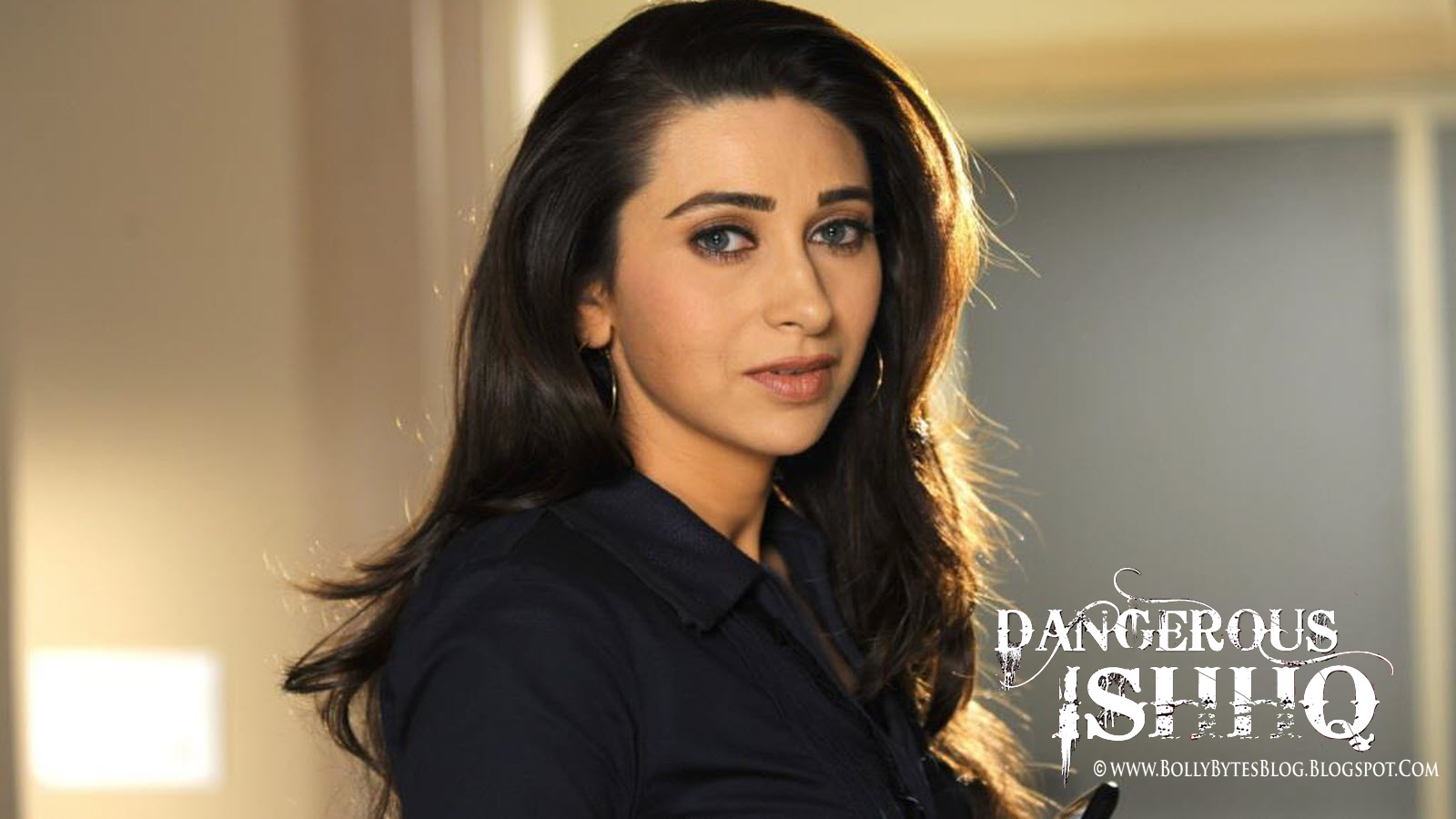 - Dangerous-Ishhq-Hot-Karishma-Kapoor-HQ-Wallpaper-03