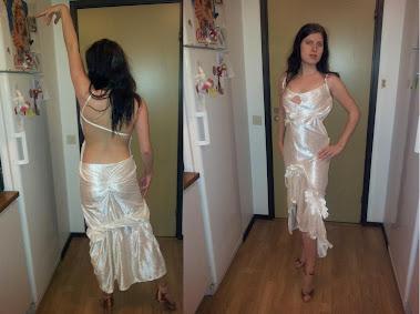 NEEW projekt biała welourowa sukienka do LA
