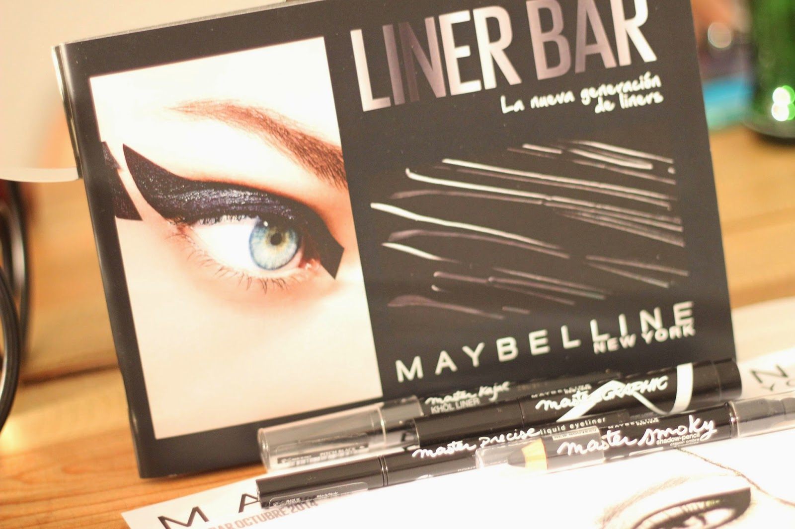 maybelline_ny-eyeliner-mastergrapichs-gato-maquillador-masterclass
