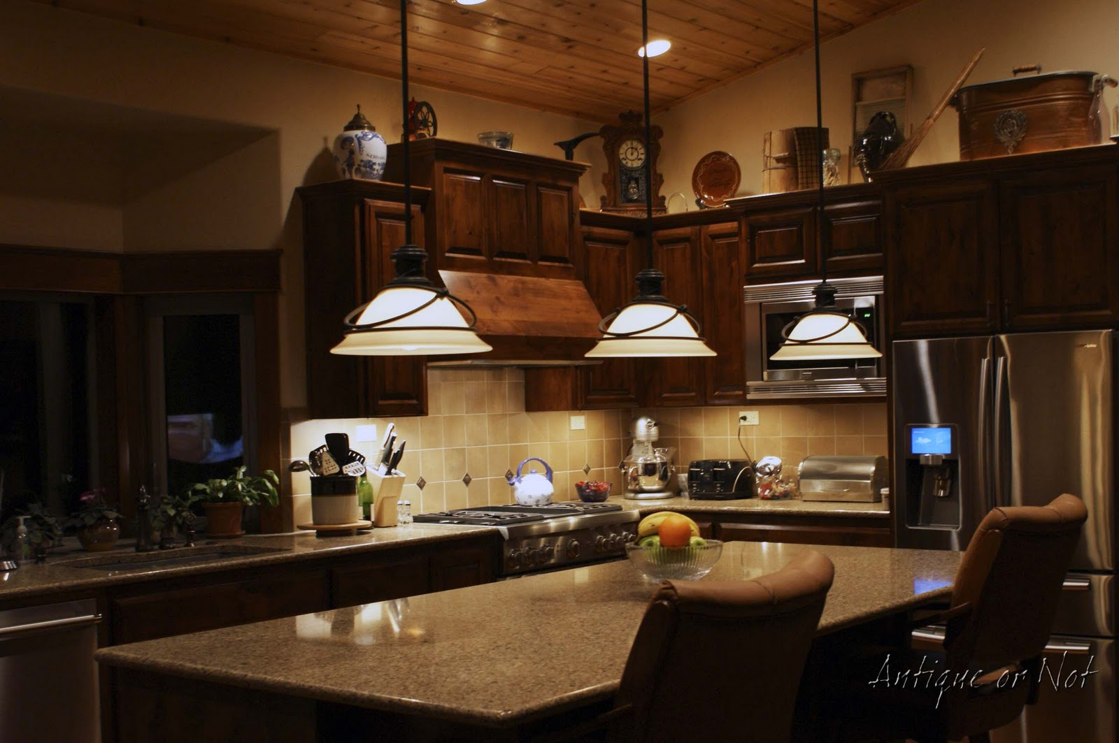 Above kitchen cabinet lighting ideas - Antique Or Not Decorating Above Your Cabinets