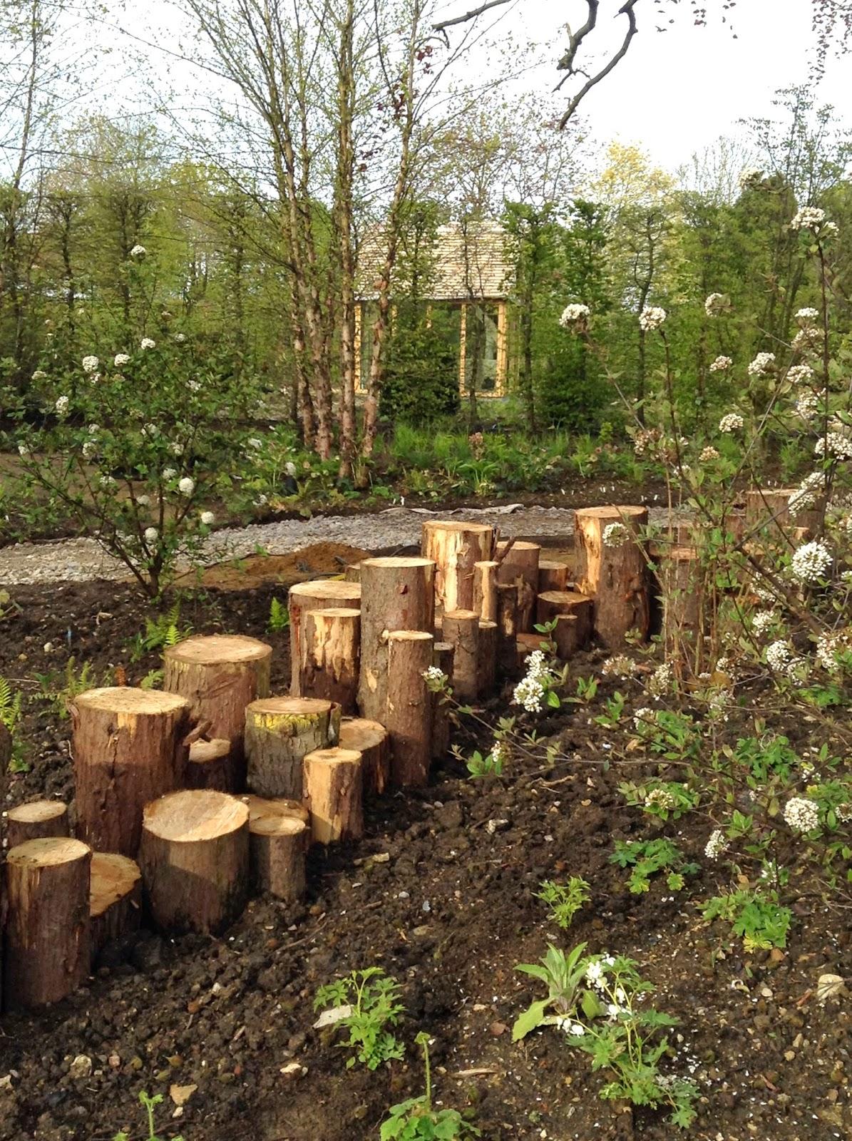 Mercurelli\'s Garden Design: May 2015