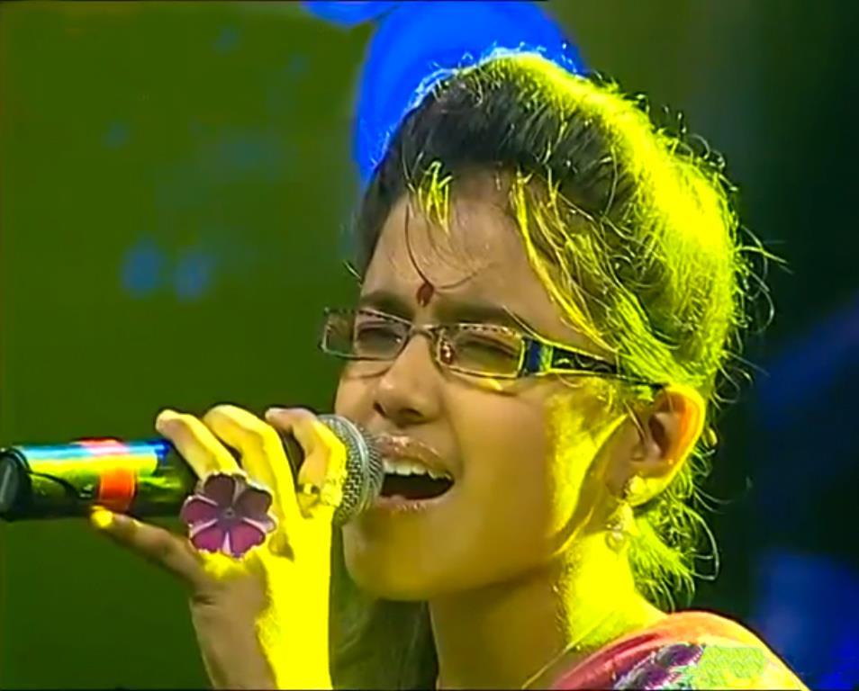 Alka Ajith (Singer) Age, Height, Weight, Boyfriend, Net ...