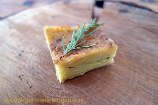 Картофель, запечённый с сыром и розмарином