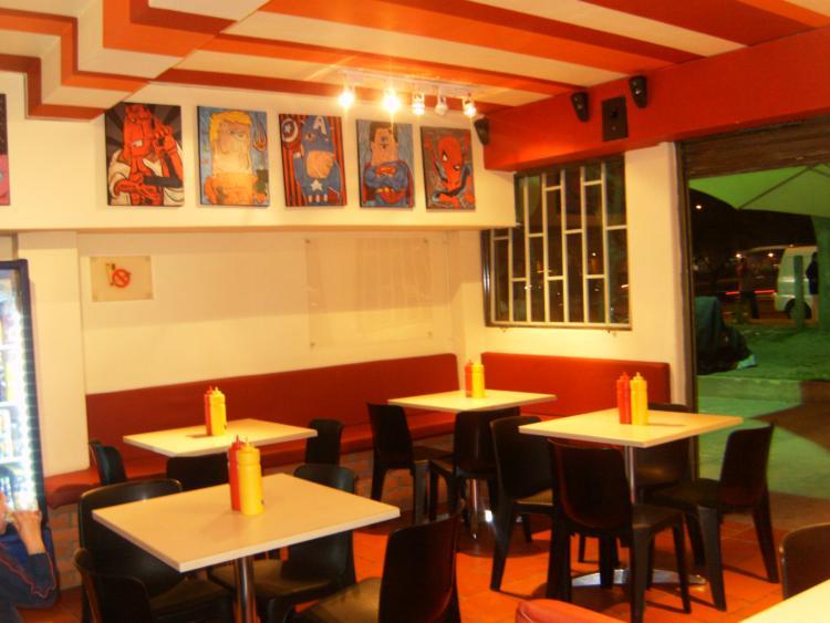 Restaurantes for Decoracion de pared para restaurante