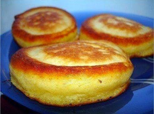 Рецепт оладушки на кефире пышные рецепт с фото пошагово на дрожжах
