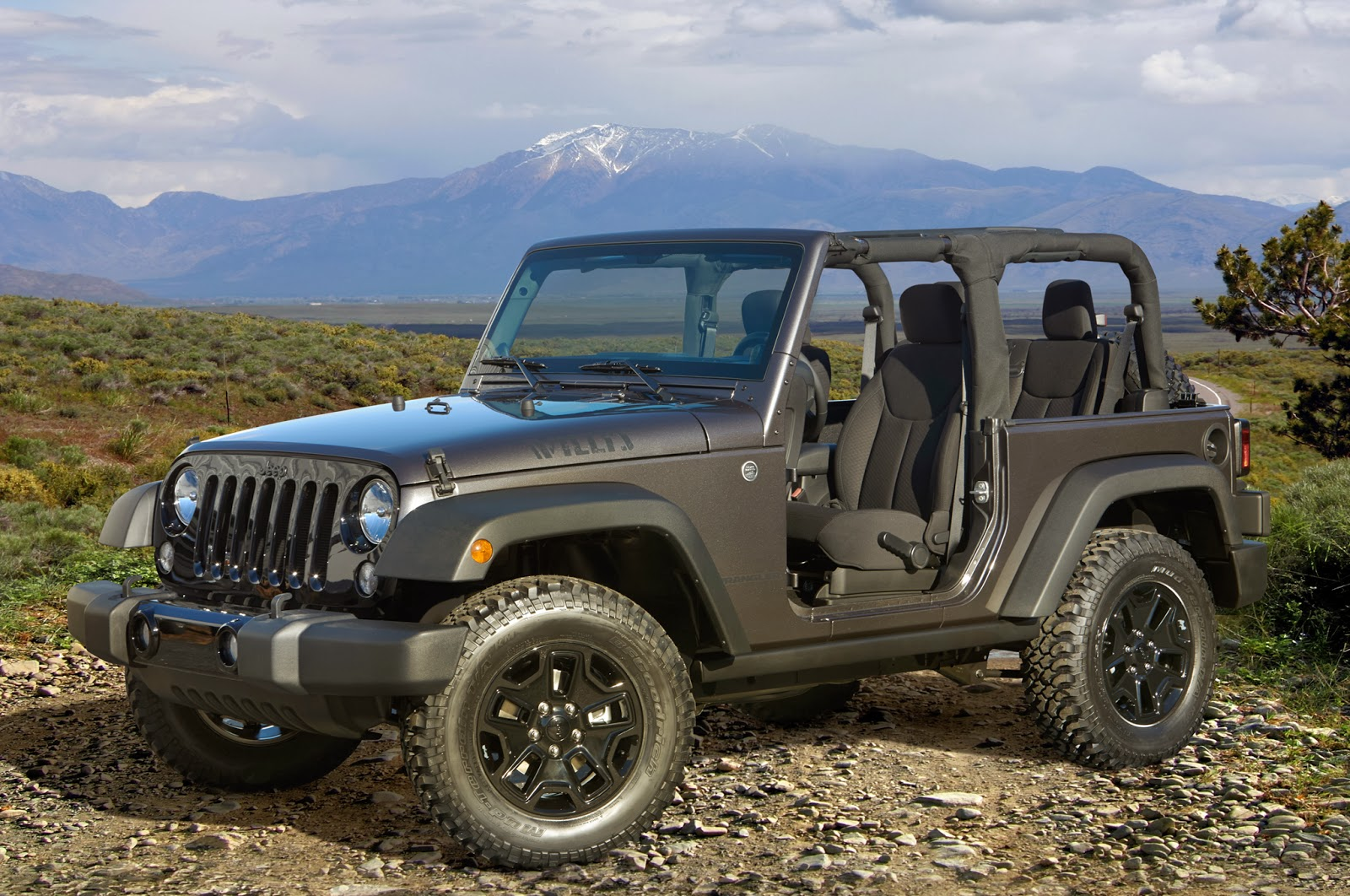 2014 jeep wrangler willys wheeler edition review auto. Black Bedroom Furniture Sets. Home Design Ideas