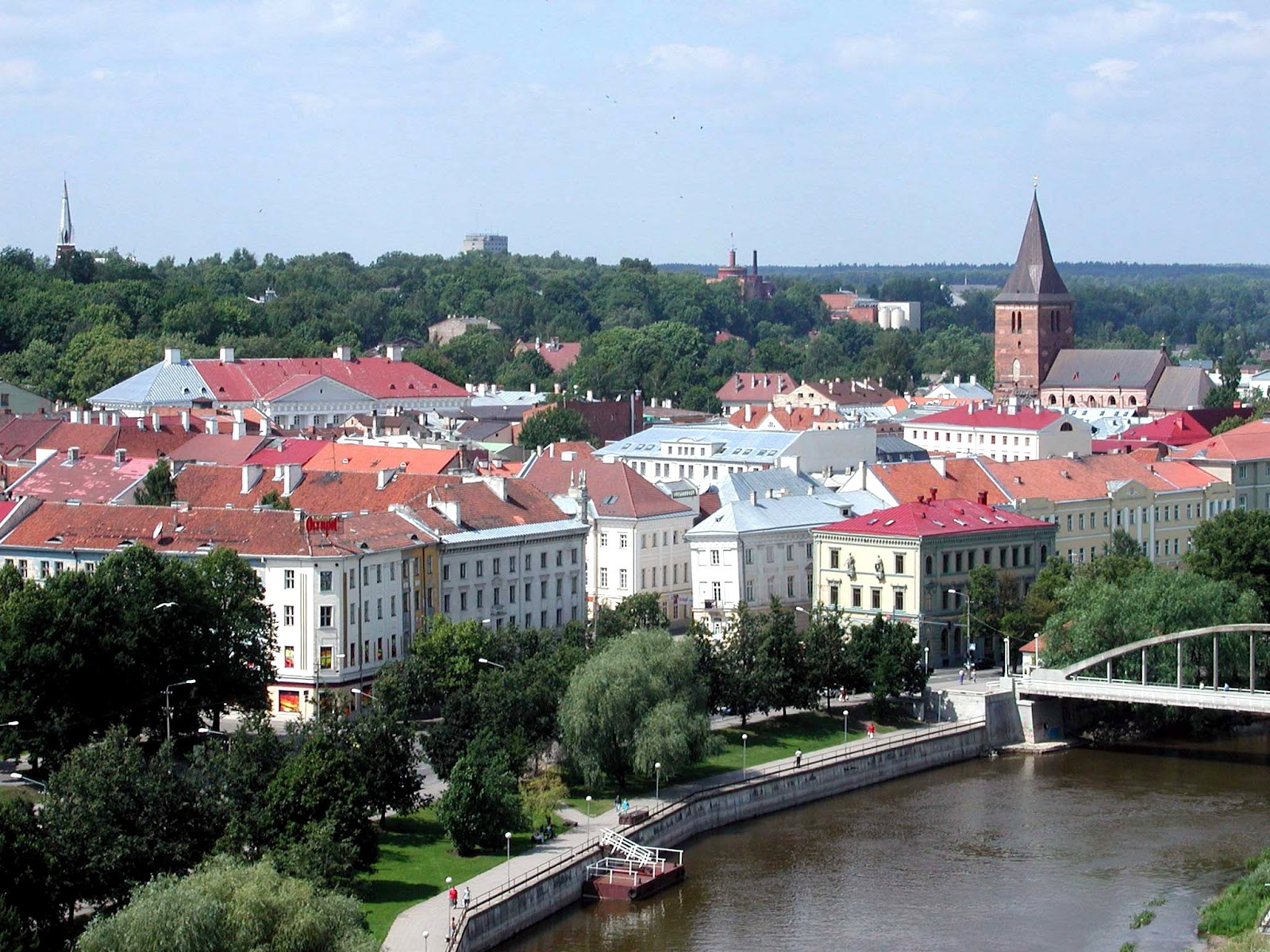 how to get from stockholm to estonia