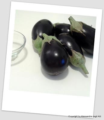 ingredienti contorno di melanzane