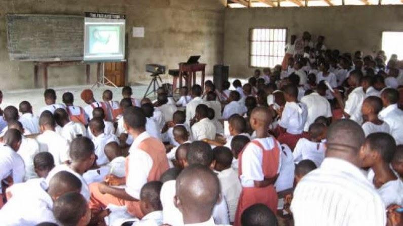 FG postpones resumption of primary & secondary schools to Oct. 15th