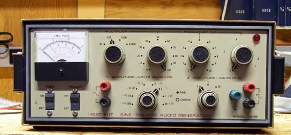 Heathkit Signal Generator : Every blade of grass why do my projects always expand