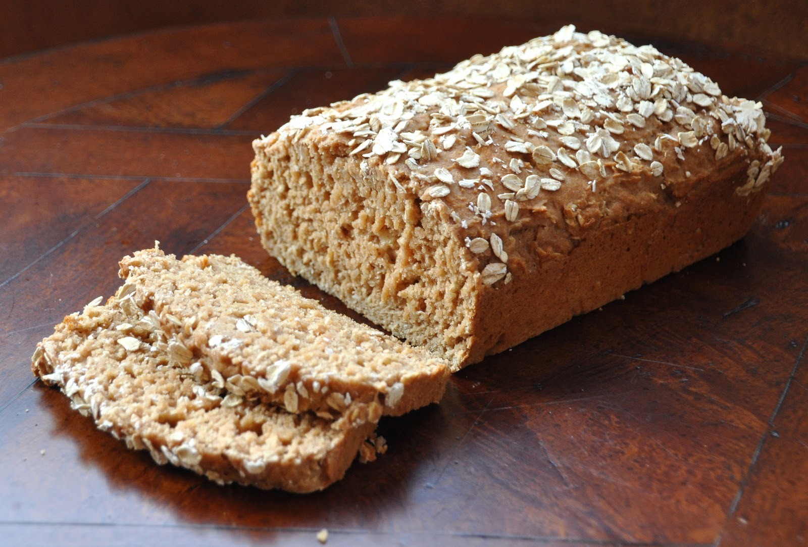 LA GRAHAM: WHOLE WHEAT HONEY OAT QUICK BREAD- CLEAN EATING