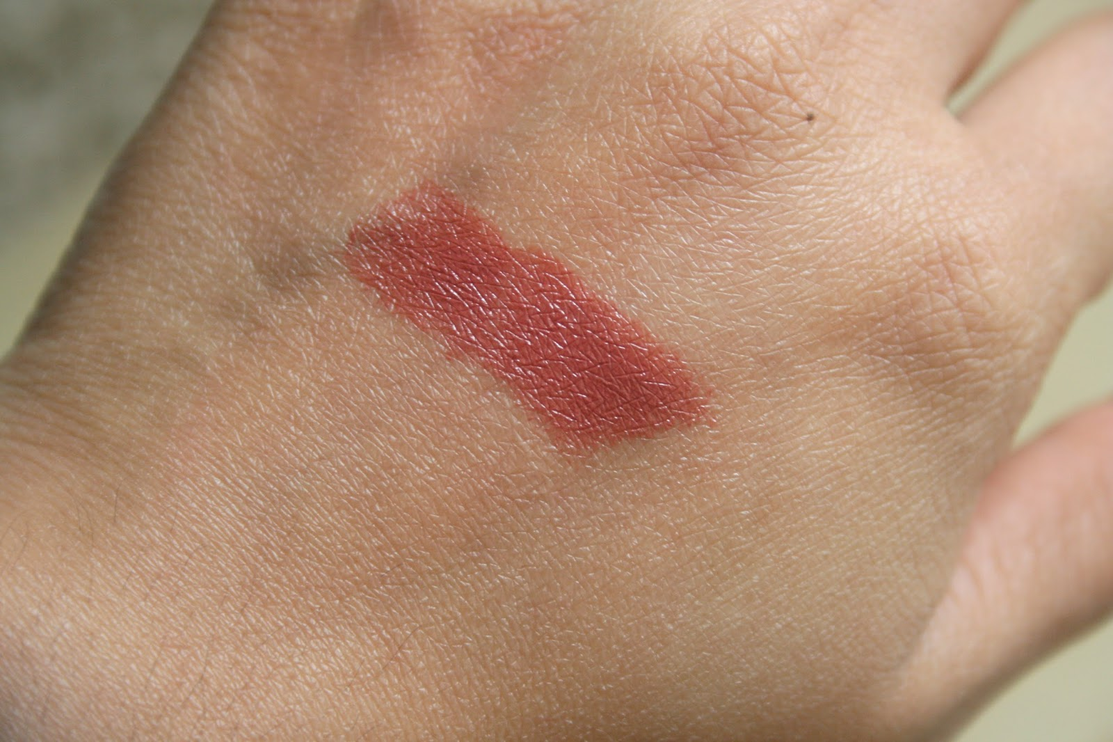 Bite Beauty Butter Cream Lipstick in Moka Swatch
