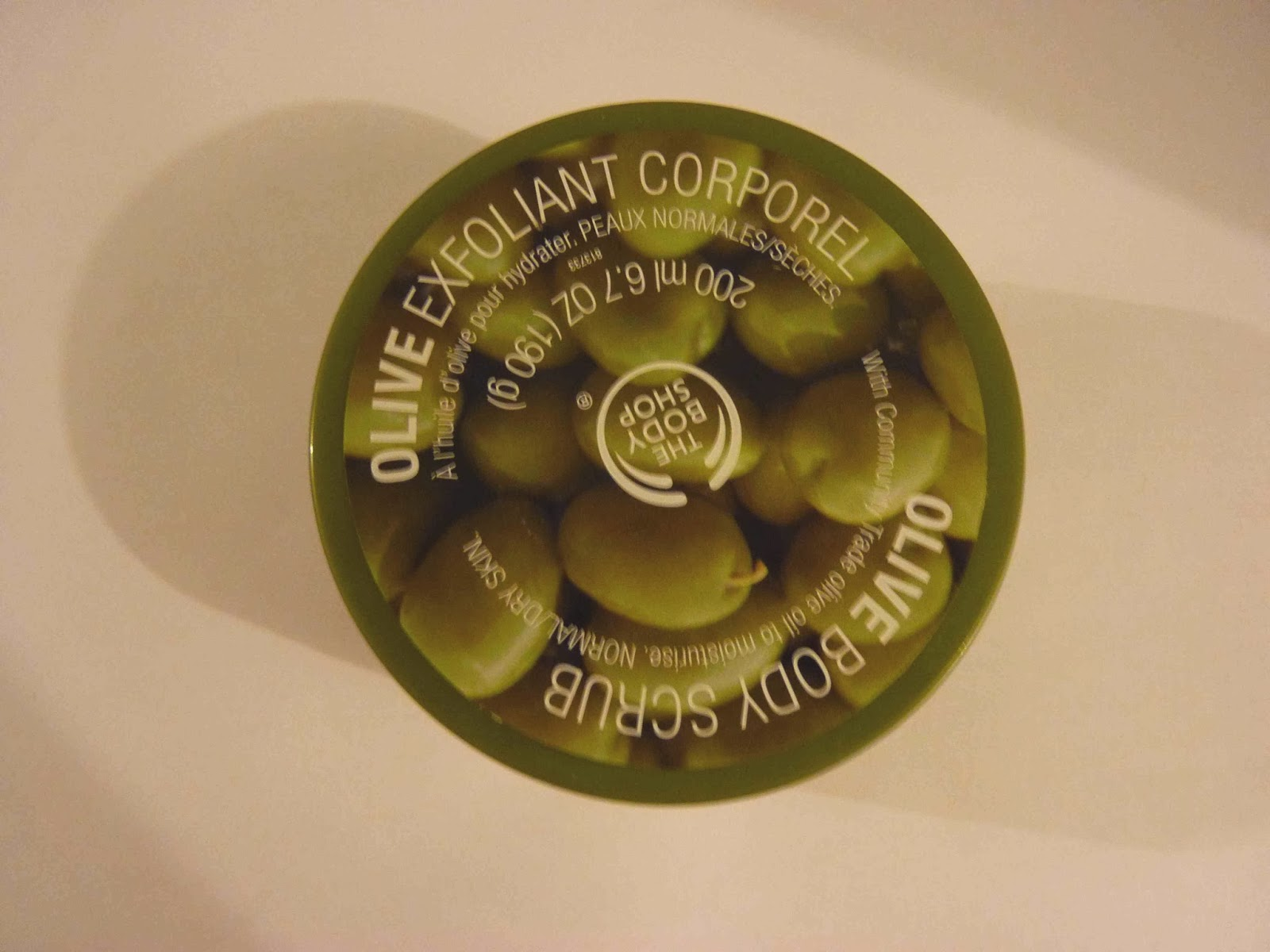 TBS, exfoliant corporel, exfoliant à l'olive the body shop,