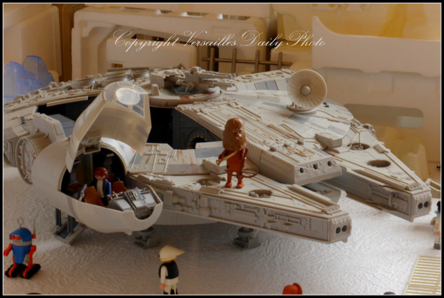Playmobil Hoth Rebel Alliance base Versailles
