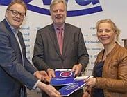 Foto Overhandiging rapport Microverontreinigingen in het water: een overzicht. Bron: stowa.nl