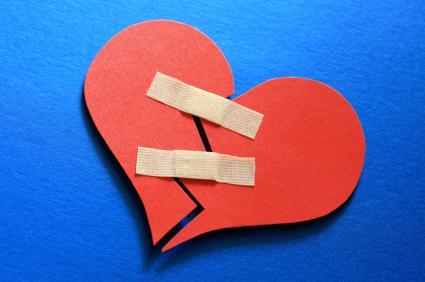 breakup - heart broken - 28 Ways To Move On From A Breakup