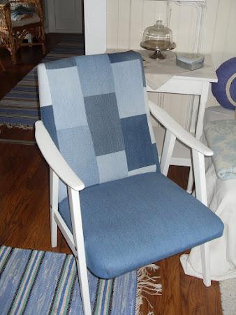 Omtrekt stol...