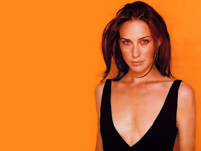 Claire Forlani Hot Wallpaper