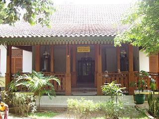 Download this Rumah Adat Betawi Asli Desain Khas picture