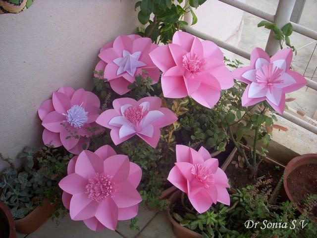 Цветы своими руками для украшения зала