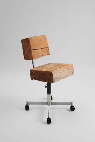 cadeira giratória reutilize madeira