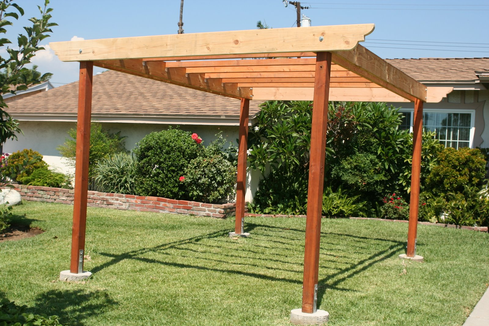 Front Yard Trellis Ideas Part - 49: Front Yard Grape Trellis