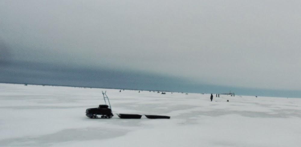 Рыбаки на Кубенском озере
