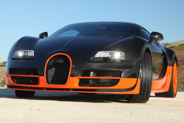 bugatti veyron 16 4 super sports car 2011 the car club. Black Bedroom Furniture Sets. Home Design Ideas