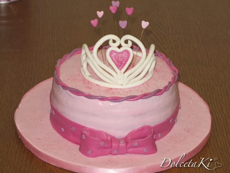 torta corona e cuori
