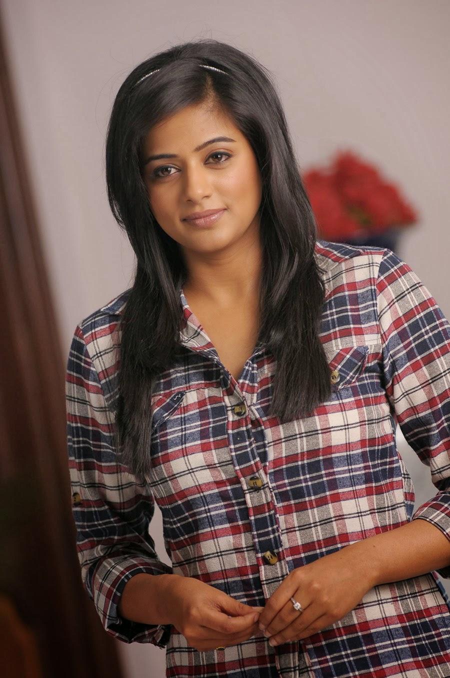 Priyamani photos from Chandi Movie-HQ-Photo-13