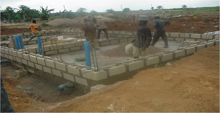 Pictures of earthen concrete mobile and cage pen fish for Concrete pond construction