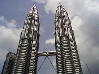 Tempat wisata populer di Kuala Lumpur - KLCC Suria Mal