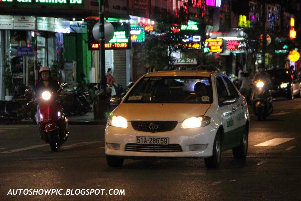 Vietnam Taxi Toyota Vios First Generation